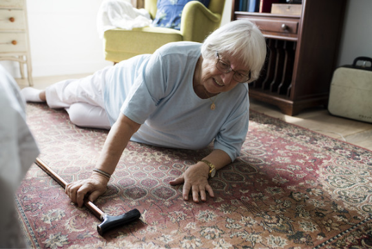 4 Essential and Practical Tips for Fall Precautions for the Elderly